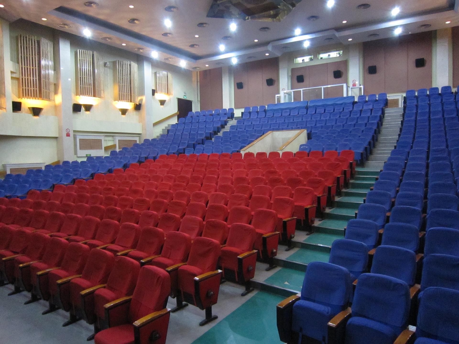 Dongtu Theatre Beijing Acrobatic Show